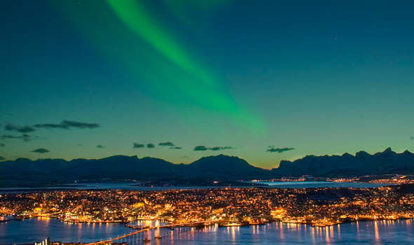 for-web-northern-lights-1000175667-94259