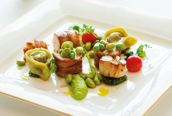 Monkfish-&-Scallops-plate---photo_6001_20130520-for-web