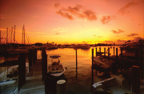 Marina-at-sunset-Fort-Lauderdale