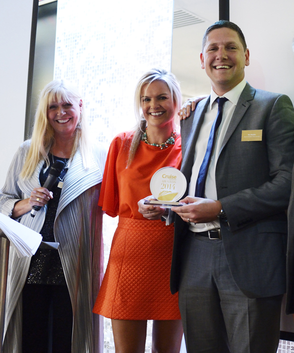 Ben Bouldin, Sales Director UK & Ireland for Royal Caribbean International with Cruise Awards presenters Julie Peasgood and Katy Hill.