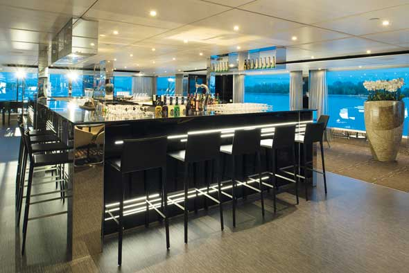 EW_Horizon-Bar-and-Lounge