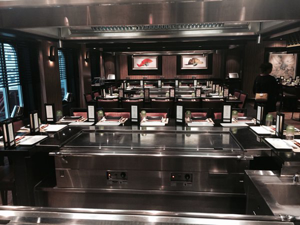 Japanese live cooking restaurant Teppanyaki