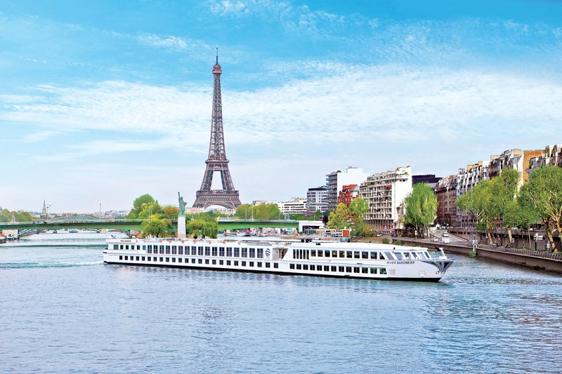 River Baroness in Paris, France © Uniworld Boutique River Cruise Collection - Romantic Cruise