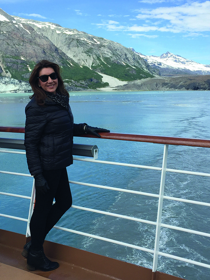 Jane in Alaska for her Cruising with Jane McDonald show
