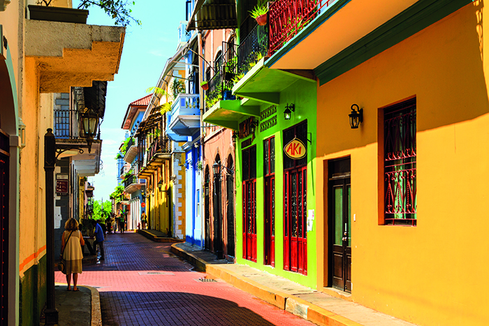 Old buildings in the historic district of Panama City © iStock