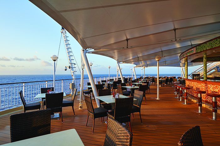 The Great Outdoors buffet area on board Norwegian Pearl