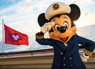 Captain Mickey offers a warm welcome to guests on board his ship © Disney Cruise Line