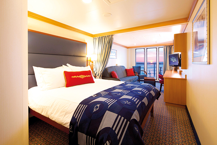 An Art Deco-inspired stateroom on Disney Dream © Disney Cruise Line