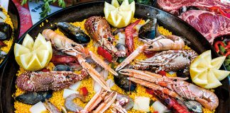 Paella in Spain © AWL Images