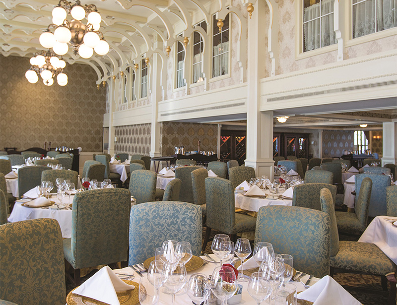 American Queen Dining Room