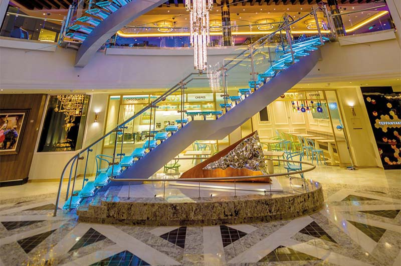 NCL Norwegian Bliss - Atrium
