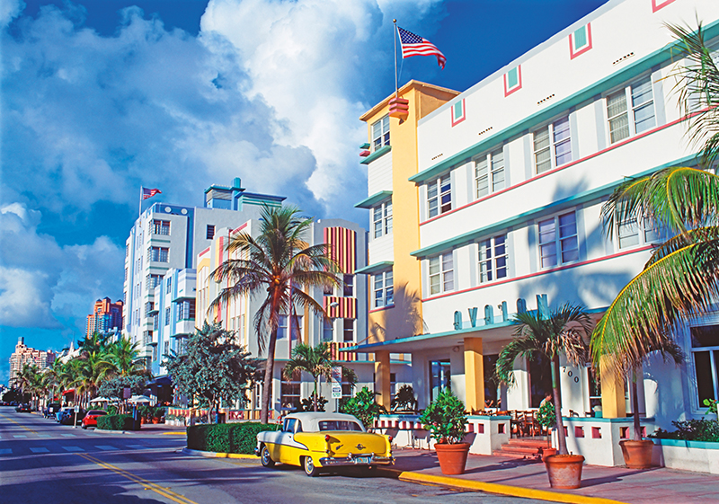 Art Deco buildings on Ocean Drive by Miami Beach