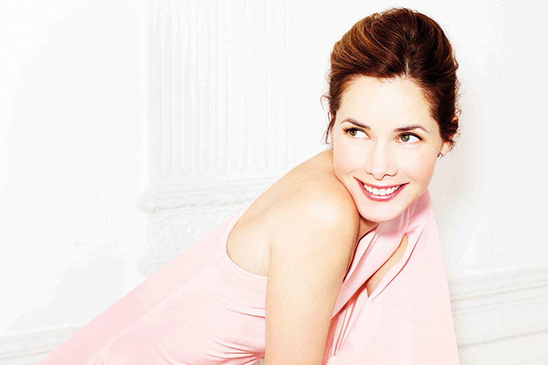 Former ballerina Darcey Bussell in light pink dress