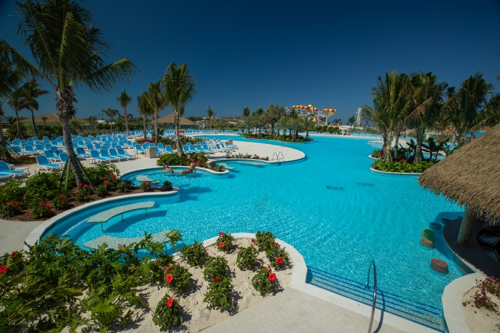 cruise innovation CocoCay swimming pool
