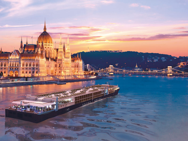 Black-Friday-Cruise-deals-2019-TUI-river