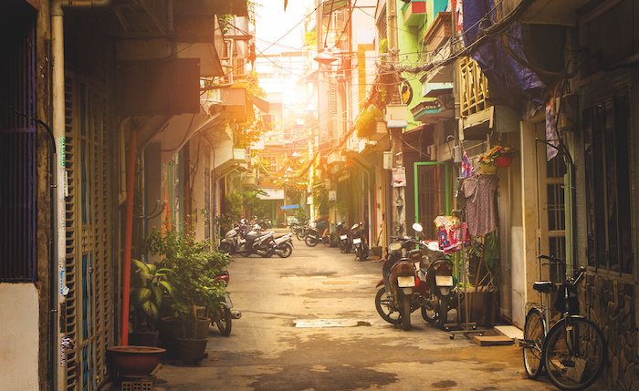 little street in Ho Chi Minh City river cruise tips