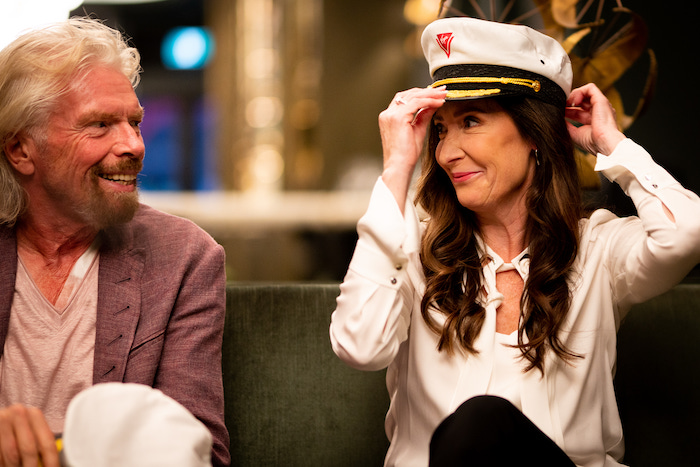Richard-Branson-and-Captain-Wendy