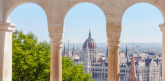budapest-city-guide-Hungarian-Parliament