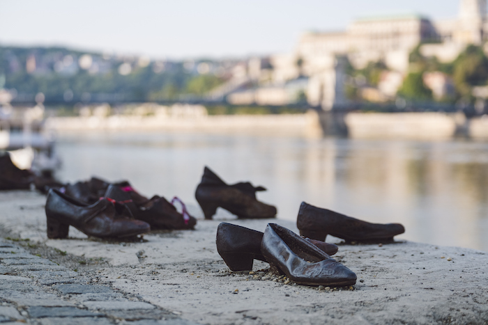 budapest-city-guide-shoes-on-the-danube-bank
