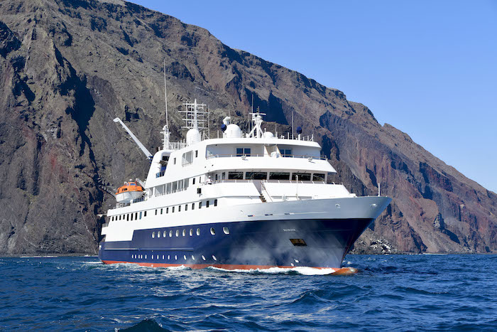 celebrity-cruises-galapagos-Xpedition