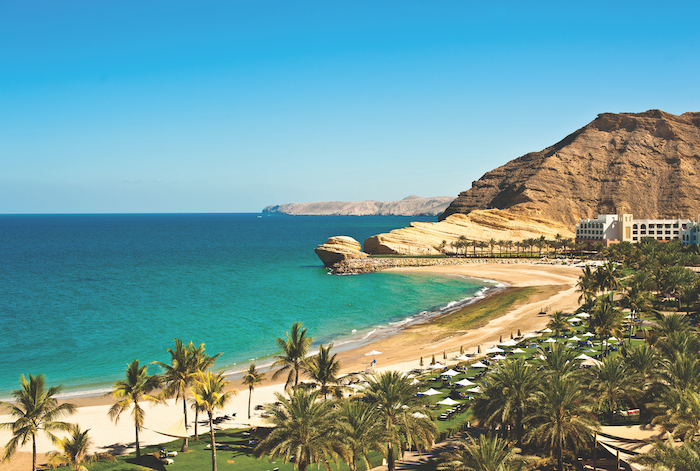 Luxurious-escapes-with-Oceania-Cruises-beach